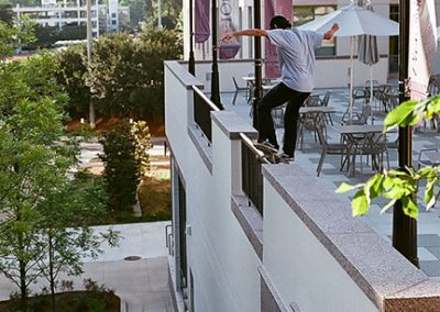 Noah Chee-How, frontside smith