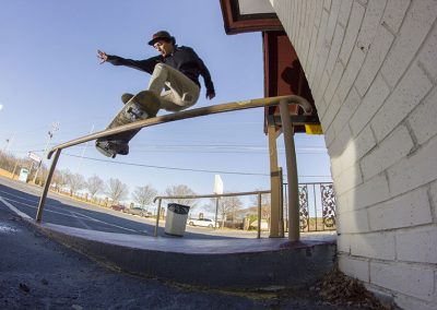 Victor Gonzalez, frontside smith